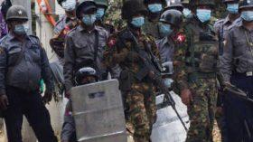 মিয়ানমারে সেনাবাহিনীর গুলিতে ৪৩ শিশু নিহত